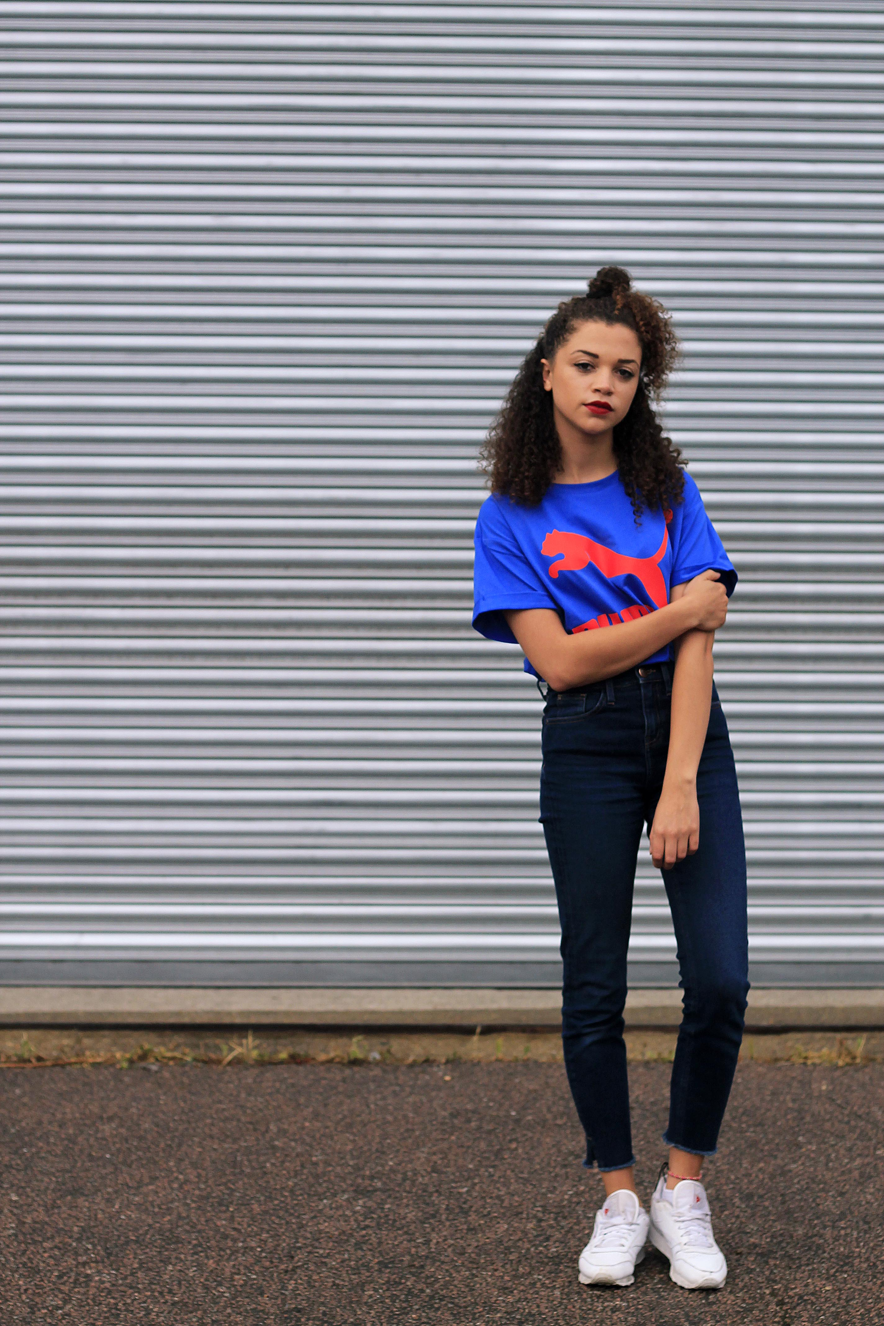 uk curly hair blogger - retro puma tshirt 1