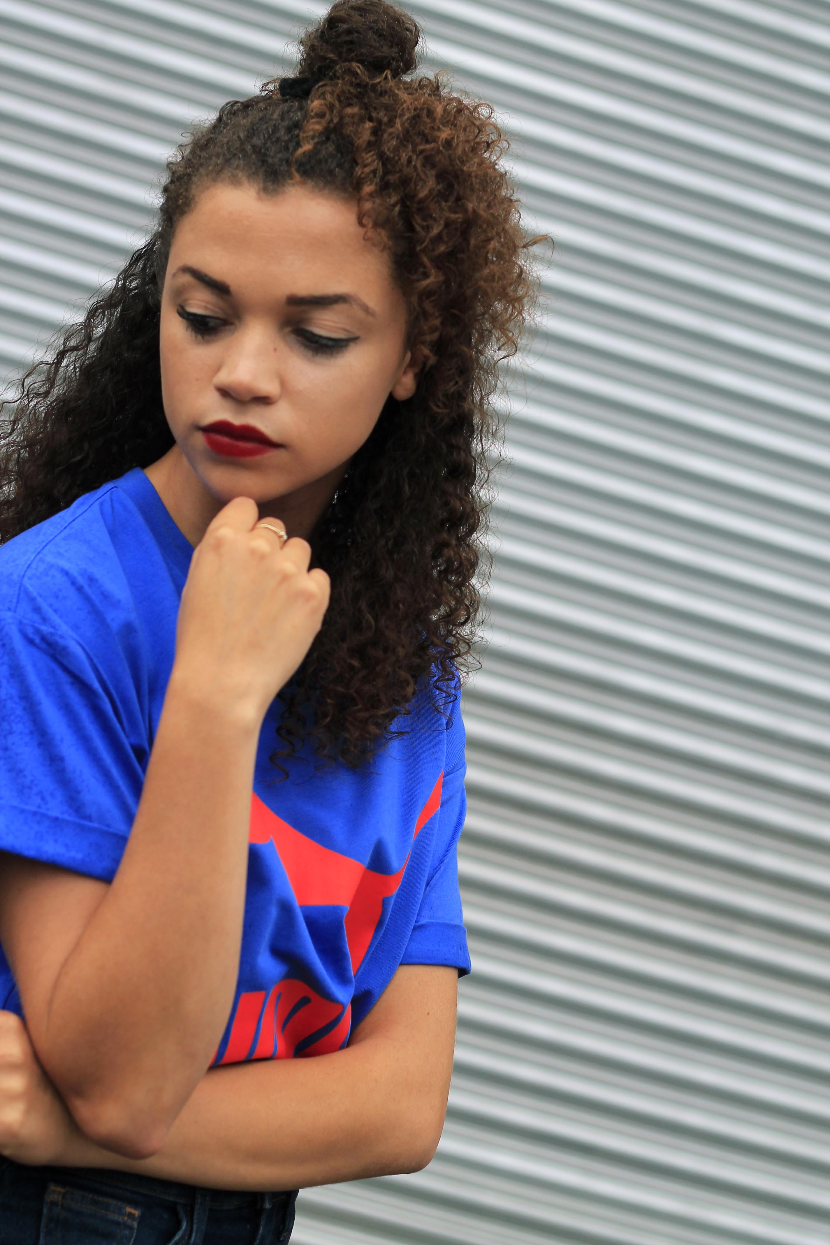 uk curly hair blogger - retro puma tshirt 5