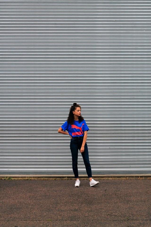 uk curly hair blogger - retro puma tshirt