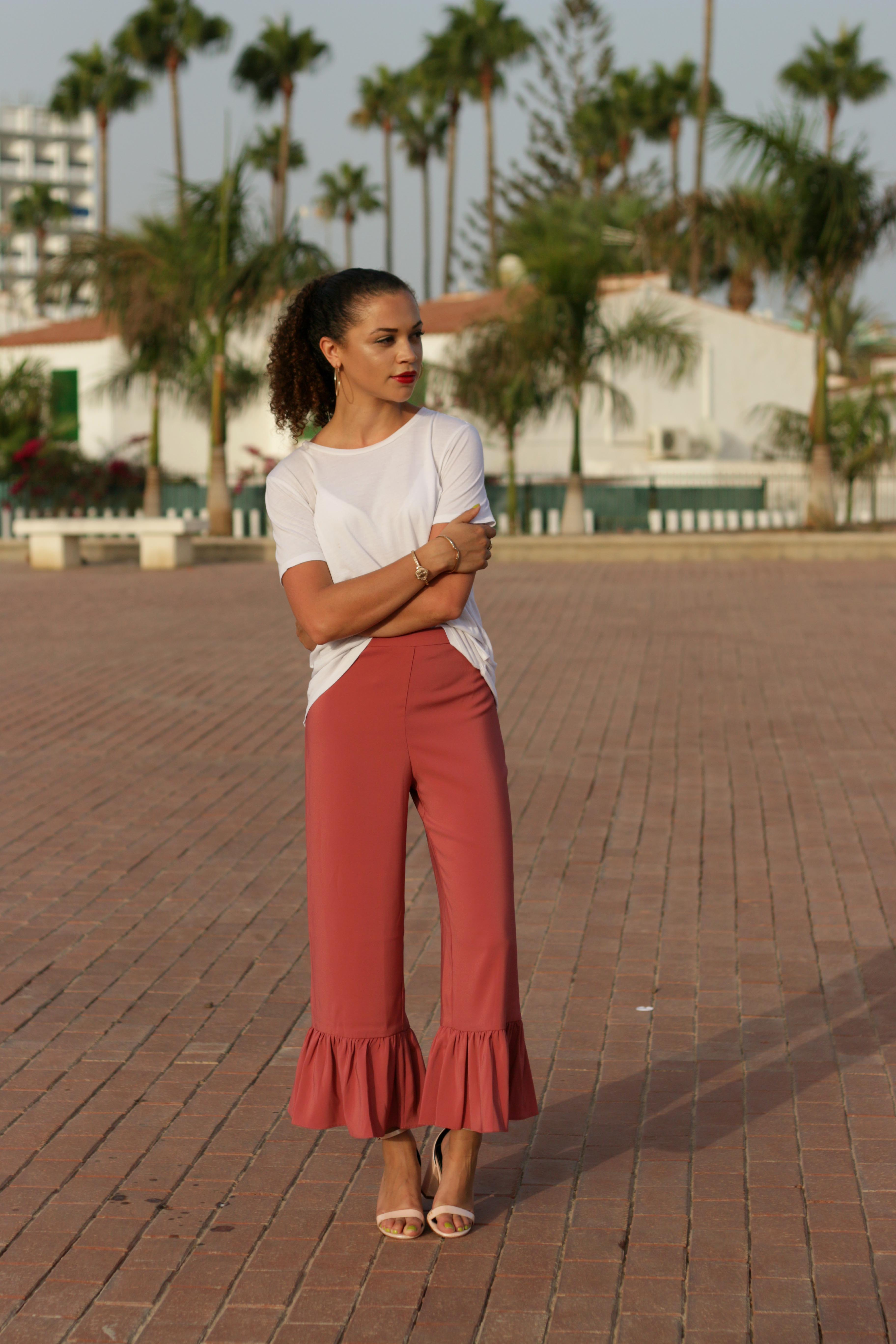 what to pack for a late summer holiday - uk style blogger - charnelle geraldine -2