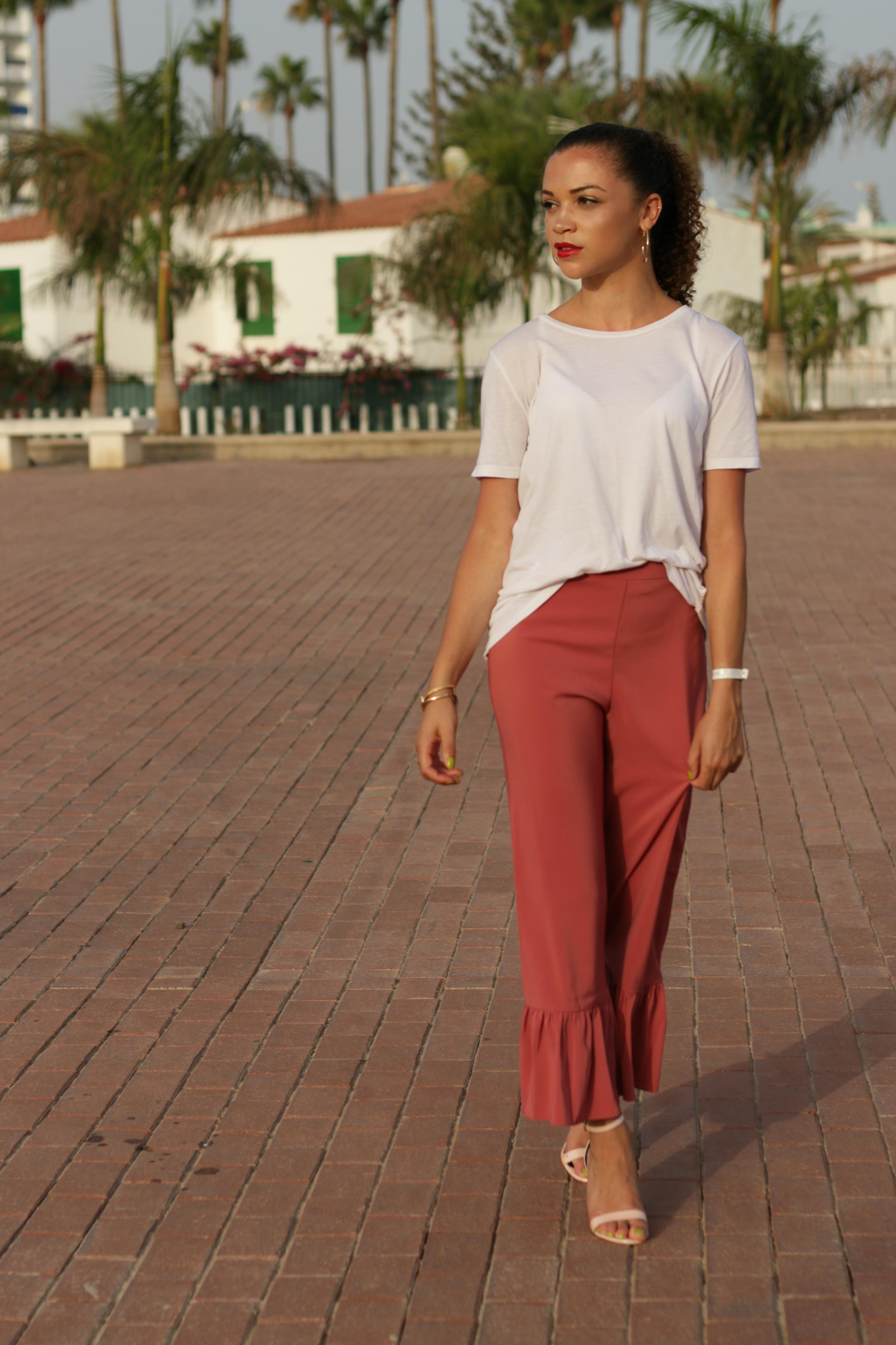 what to pack for a late summer holiday - uk style blogger - charnelle geraldine -5