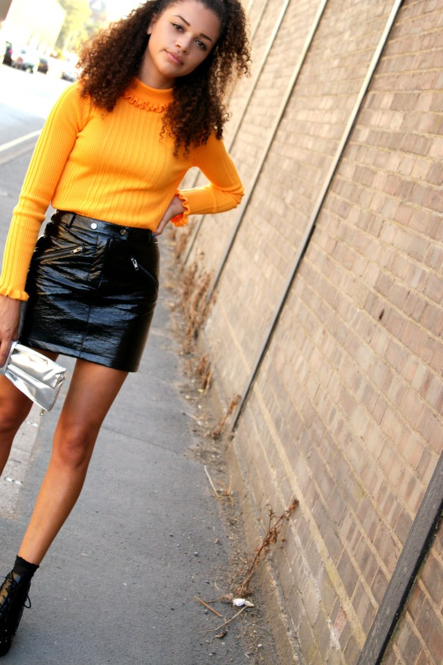 frill-top-vinyl-eighties-trend-autumn-wardrobe-uk-style-blogger-2-charnellegeraldine
