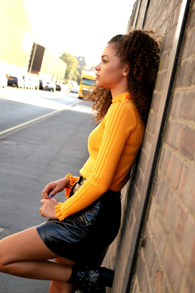 frill-top-vinyl-eighties-trend-autumn-wardrobe-uk-style-blogger-3-charnellegeraldine
